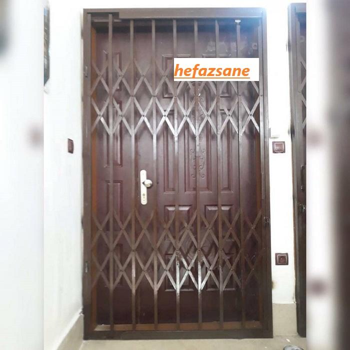 حفاظ روی درب