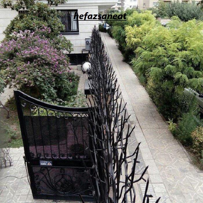 حفاظ شاخ گوزنی برای محوطه باغ ویلا